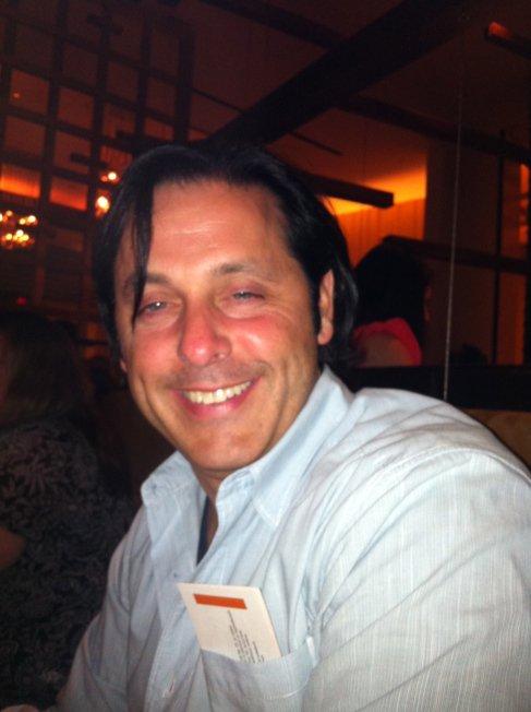 Eric J Dalius